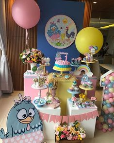 Incrível festa com o tema Galinha Pintadinha! Lottie Dottie, Birthday Cake, Birthday Parties, Colorful Candy, Birthday Decorations, Dessert Table, Picnic, Balloons, Centerpieces