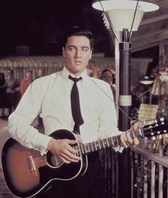 Guitar Elvis