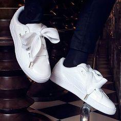Puma Basket Heart Pattern Full White Premium Quality Size = 36-40 Rp 550.000  #bisniskeren #usaha #usahawan #usahaonline #usahawanmuda #peluangusaha #iloveumm #hardbrick #android #malang #service #handphonemalang #flashrom #rom #xiaomimalang #mifans #mahasiswaum #mahasiswaub #malanghits #mahasiswamalang #mimalang #micloud #unlock #redmipro #mi4 #dahlia_olshoptas #tas #taskerja #taskerjawanita #taskerjacewek