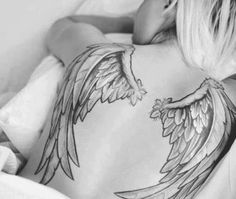 The angel wings tattoo are very popular among the men and women and there are various angel wing tattoo designs that can be created on different body parts. Future Tattoos, Love Tattoos, Unique Tattoos, Beautiful Tattoos, Body Art Tattoos, Tattoos For Women, Tatoos, Angel Wings Tattoo On Back, Wing Tattoos On Back
