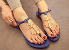 Searching for affordable anchor sandals in null? Buy high quality and affordable anchor sandals via sales on anchor sandals. Enjoy exclusive discounts and free global delivery on anchor sandals at AliExpress. Fashion Slippers, Fashion Flats, Fashion Mode, Fashion 2018, Curvy Fashion, Fashion News, Spring Fashion, Fashion Trends, Anchor Sandals