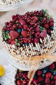 Forest berries cake
