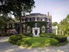 Brick Ivy Exterior - 1910 Manor House