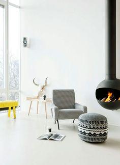 Cheminée contemporaine - Bathyscafocus #homedesign #decoration #cosy