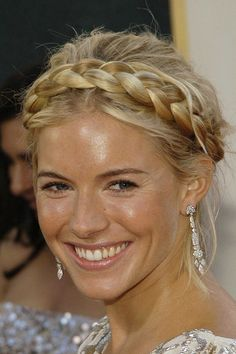 Hair Do http://www.sofeminine.co.uk/beauty/album890662/sienna-miller-hair-boho-chic-22222467.html