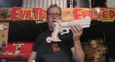 Guy Makes McCree's Pistol From 'Overwatch' With Just A Bunch Of Foam -  Guy Makes McCree's Pistol From 'Overwatch' With Just A Bunch Of Foam Prop fabrication master Evil Ted builds McCree's Peacemaker with nothing more than a few sheets of foam and a piece of PVC pipe. Fecha: September 23 2016 at 01:17PM via Digg: http://ift.tt/2czfTLc - Sigueme en mi página de Facebook: http://ift.tt/1NtBgGY - Etiquetas: Comico Curiosidades Digg Diversion Entretenimientos Funny Gracioso Guanare Venezuela…