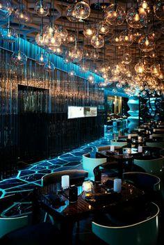 hotel bar The Ozone Restaurant, Rtz-Carlton, Hong Kong is 1 of the 10 Coolest Design Cafe Restaurant, Restaurant Design, Design Hotel, Bar Interior Design, Luxury Restaurant, Cafe Design, Design Interiors, Restaurant Lighting, Cafe Bar