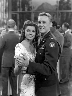 Esther Williams and Van Johnson  I love this movie!!!  Thrill of a Romance 1945