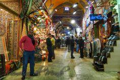 Interior del Gran Bazar de Estambul   De http://www.memoriasdelmundo.com