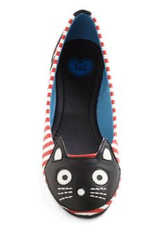Up Your Alley Cat Flat