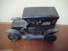 Miniature Vintage Car Novelty Pencil Sharpener *