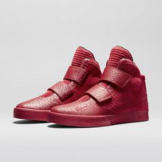 Nike - Flystepper 2K3 Premium Men's Shoe