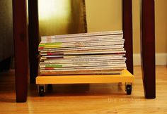 DIY magazine storage tray | TheMombot.com