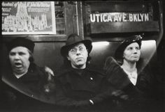 Between 1938 and 1941 Walker Evans photographed passengers in the New York City Subway with a camera cleverly hidden inside his coat. New York Subway, Nyc Subway, Walker Evans Photography, Subway Series, Public Transport, Metropolitan Museum, Hats For Women, Candid, Street Photography