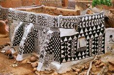 Dans ce village africain peu connu  Chaque Maison est une Oeuvre d'Art Curioctopus.fr
