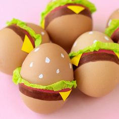 Paint Your Easter Eggs to Look Like Hamburgers This Year   So cute, I may actually celebrate Easter... maybe...
