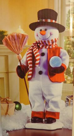 NIB 2 ft Animated Snowman Figure Motionette LED lighted Snowball Christmas Animated Halloween Props, Christmas Crafts, Christmas Decorations, Antique Christmas, Snowball, Little Christmas, Snowmen, Ideas Para, Animation