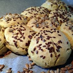 Semínkové bochánky Muffin, Gluten Free, Cookies, Breakfast, Food, Breakfast Cafe, Muffins, Glutenfree, Biscuits