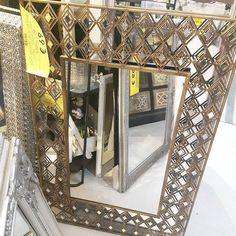 #scontiwow #quandoserapicini #casadellaziaaroma #adoro questo#specchio #pezzounico #staserapertifinoalle22