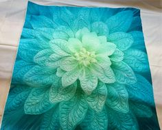 Finished my Robert Hoffman Flower Panel....WOOO HOOO! #roberthoffmanflowerpanel #danielles_quilts #freemotionquilting # flowerpower