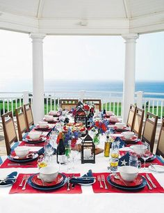 You guide to summer entertaining–the Hamptons way