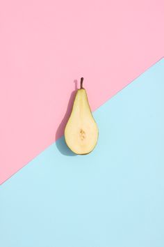 adamgruning: 'Pear and card' Adam Grüning, 2013 Playing with two tones