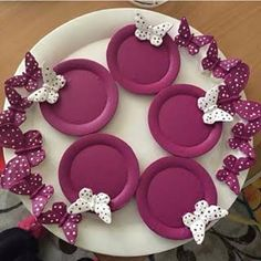 polyester boyama - Google'da Ara Diy Embroidery Crafts, Clay Crafts, Diy And Crafts, Color Shades, House In The Woods, Decorative Plates, Diy Projects, Soap, Handmade