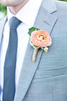 Chic wedding boutonnieres; photo: Cassi Claire Photography