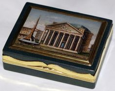 An Italian green glass and silver parcel-gilt snuff box set with a micro mosaic of the Pantheon in Rome. Hallmarks of the city of Rome and goldsmith, circa 1820/30. Dimension cm 6x8 Fine condition, commensurate with age.
