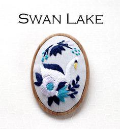 川畑杏奈 白鳥のブローチ 刺繍  #embroidery #刺繍 #川畑杏奈 #annas #brooch