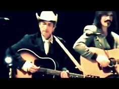 Bob Dylan With a Fantastically Beautiful version of that Special Song. Bob Dylan Live, Visions Of Johanna, Cover Band, Music Mood, Music Videos, Singer, In This Moment, Album, Concert
