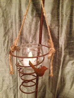 """sweet votive candle holder made with a rusty bed spring """"Junk Salvation"""" by Funky Junk Sisters: Lust For Rust Bed Spring Crafts, Spring Projects, Spring Art, Rusty Bed Springs, Box Springs, Candle Holders Wedding, Metal Spring, Craft Show Ideas, Primitive Crafts"""