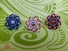 Macrame Rings, Macrame Art, Macrame Necklace, Macrame Jewelry, Macrame Bracelets, Wire Crafts, Diy And Crafts, Arts And Crafts, Macrame Patterns