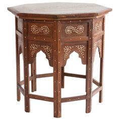 dreamy side table...and on sale for an even more affordable dream! #DreamRobshaw    SALE PRICE: $1400.00