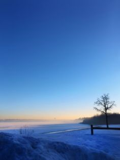 https://flic.kr/p/rzgaM2   Good Morning Muskegon.   After a heavy fog last night, Mona Lake looks especially peaceful.   » #photography #iphoneography #muskegon #nortonshores #morning #sunrise #monalake #lake #beach #sky