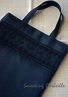 Smocked black bag for funeral. Smocking Corbeille, Tokyo, JAPAN.