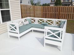 Weatherly Outdoor Sectional! | Do It Yourself Home Projects from Ana White
