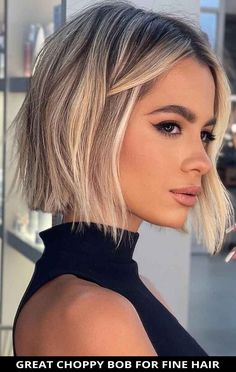 At your next hair appointment, ask for this fashionable great choppy bob for fine hair that's totally trending this year! Learn what stylists have to say about this look and the rest of these 49 freshest examples of choppy bob hairstyles ideas for 2021. // Photo Credit: @romeufelipe on Instagram