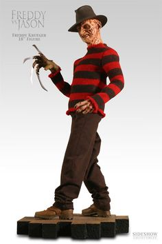 Sideshow Collectibles Freddy VS. Jason Freddy Krueger Premium Format Figure http://www.sideshowtoy.com/?page_id=4489&sku=7110#!prettyPhoto[product_gallery]/1/