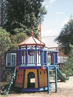 This is the playhouse from Ducks Nest - Sourced it! Barbara Butler-Extraordinary Play Structures for Kids -The Lighthouse