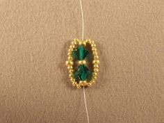 Emerald City Flat Spiral Bracelet Free Beading Pattern: Add the Second Part of the Spiral