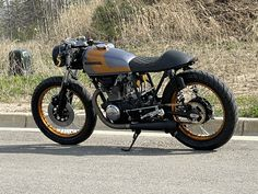 Here's another rolling masterpiece from Never Ending cycles. This cb360 was a complete tear down and restoration from the frame up. The engine was completely gone through with new seals and gaskets, as well as professionally painted cases and valve covers.  This bike has all the upgrades to make it 💯 reliable and a […] #caferacerforsale #caferacer Cafe Racer For Sale, Custom Cafe Racer, Happy Hollow, Bike Shipping, News Cafe, Cafe Racer Motorcycle, Tear Down, Gold Rush, Cafe Racers