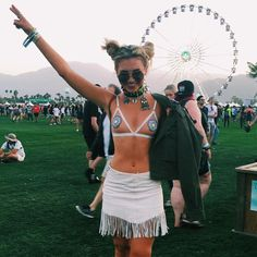 Going Fashionable and Chic For Coachella Festival, Try This 100 Ideas