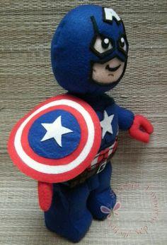 Capitão América estilo lego em feltro. Mais informações no atelieremporiodasartes@yahoo.com.br