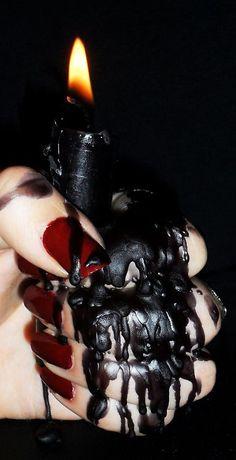 Black wax candle - used in dark magic spells Lizzie Hearts, Yennefer Of Vengerberg, Black Dagger Brotherhood, Arte Obscura, Photo Candles, Black Candles, Dark Beauty, Black Magic, Macabre