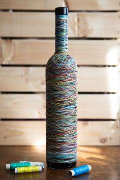 1 Million+ Stunning Free Images To Use A - Diy Crafts Beer Bottle Crafts, Wine Bottle Art, Diy Bottle, Bottle Lamps, Painted Glass Bottles, Decorated Bottles, Glass Jars, Wine Bottle Centerpieces, Bottle Decorations