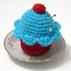 <3 cupcake pin cushion