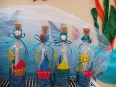 Message in the bottle. Una altra forma de presentar l´activitat. Fathers Day Poems, Fathers Day Photo, Summer Crafts, Diy Crafts For Kids, Gifts For Kids, Pirate Invitations, Under The Sea Theme, Sea Crafts, Message In A Bottle
