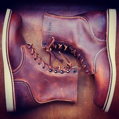 Red Wing Shoes 4572 Classic Round Toe in Copper. Red Wings are great shoes Men's Shoes, Shoe Boots, Dress Shoes, Wing Shoes, Red Wing Boots, Leather And Lace, Leather Shoes, Smooth Leather, Red Wing Shoe Stores
