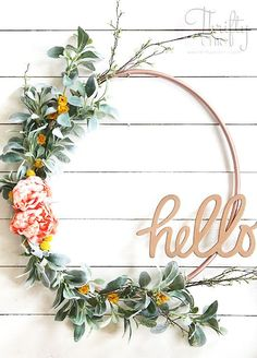 DIY spring wreath. D...